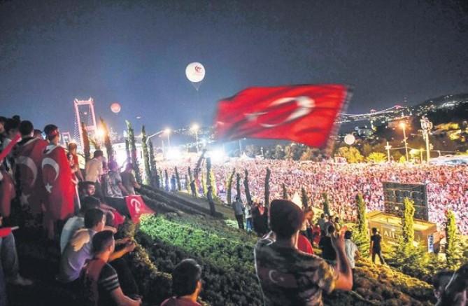 HADSİZ BİLDİRİYE KARŞI DEMOKRASİ DERSİ : HODRİ MEYDAN!